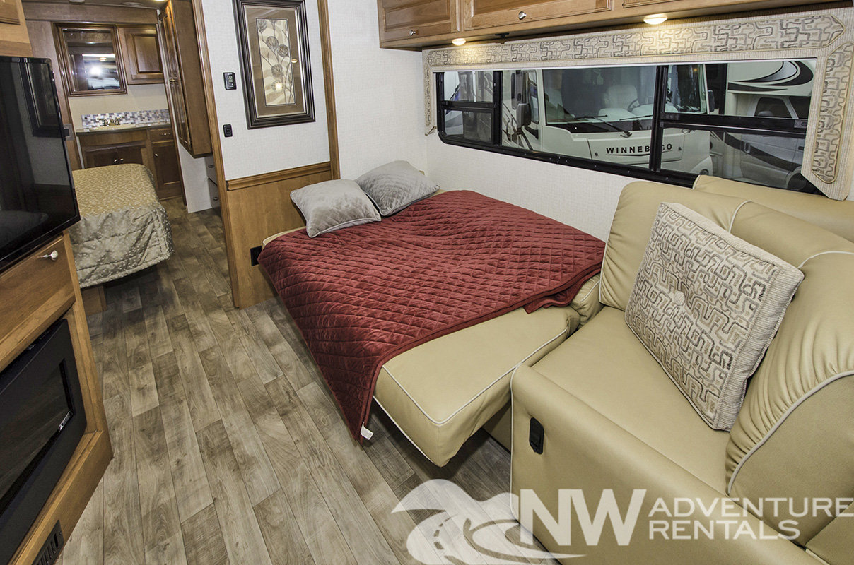 NW Adventure Rentals - 2018 Sunstar Dinette Bed