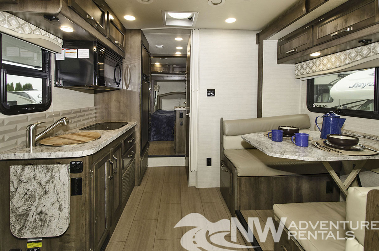 NW Adventure Rentals - 2019 Melbourne 1 Interior Hall