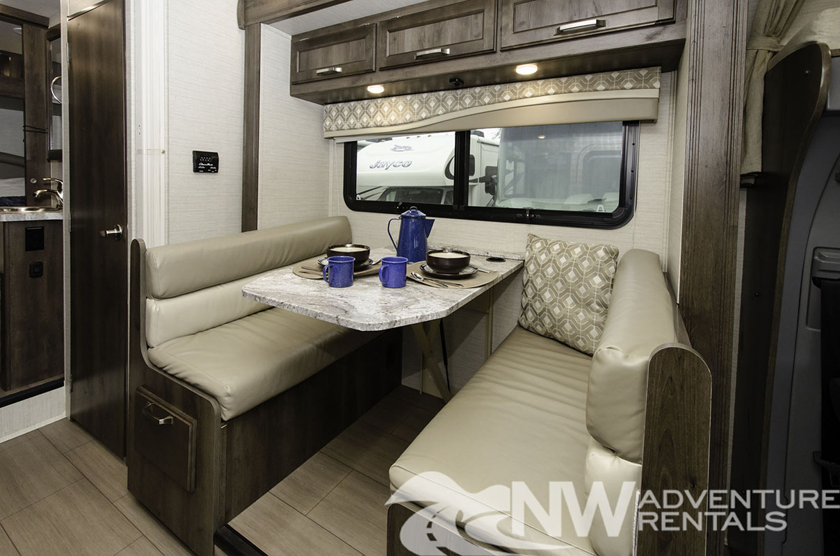 NW Adventure Rentals - 2019 Melbourne 1 Dinette