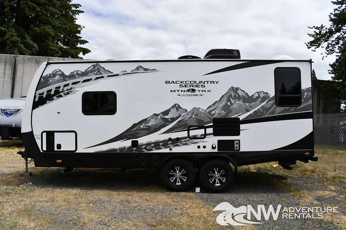 NW Adventure Rentals - 2020 MOUNTAIN TRAX EXTERIOR FRONT